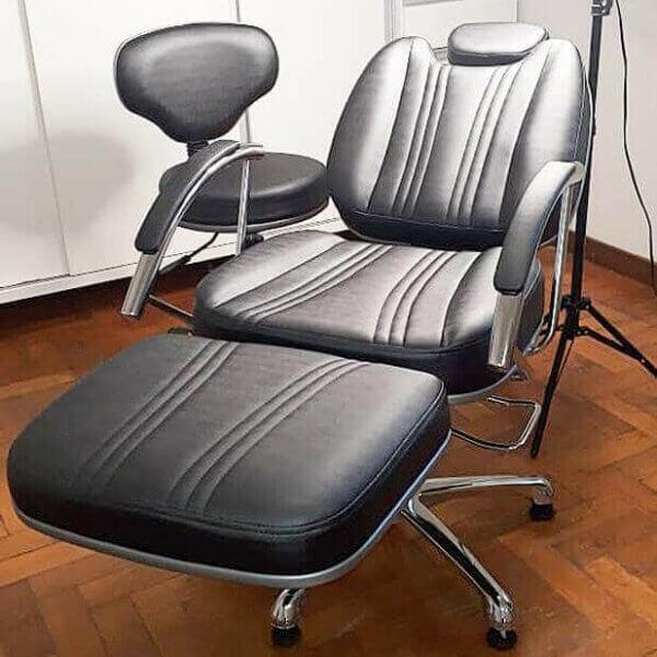 Foto de Cliente Kit Cadeira de Maquiagem e Mocho